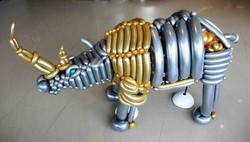 DSCN3340_balloon_rhino3_sm