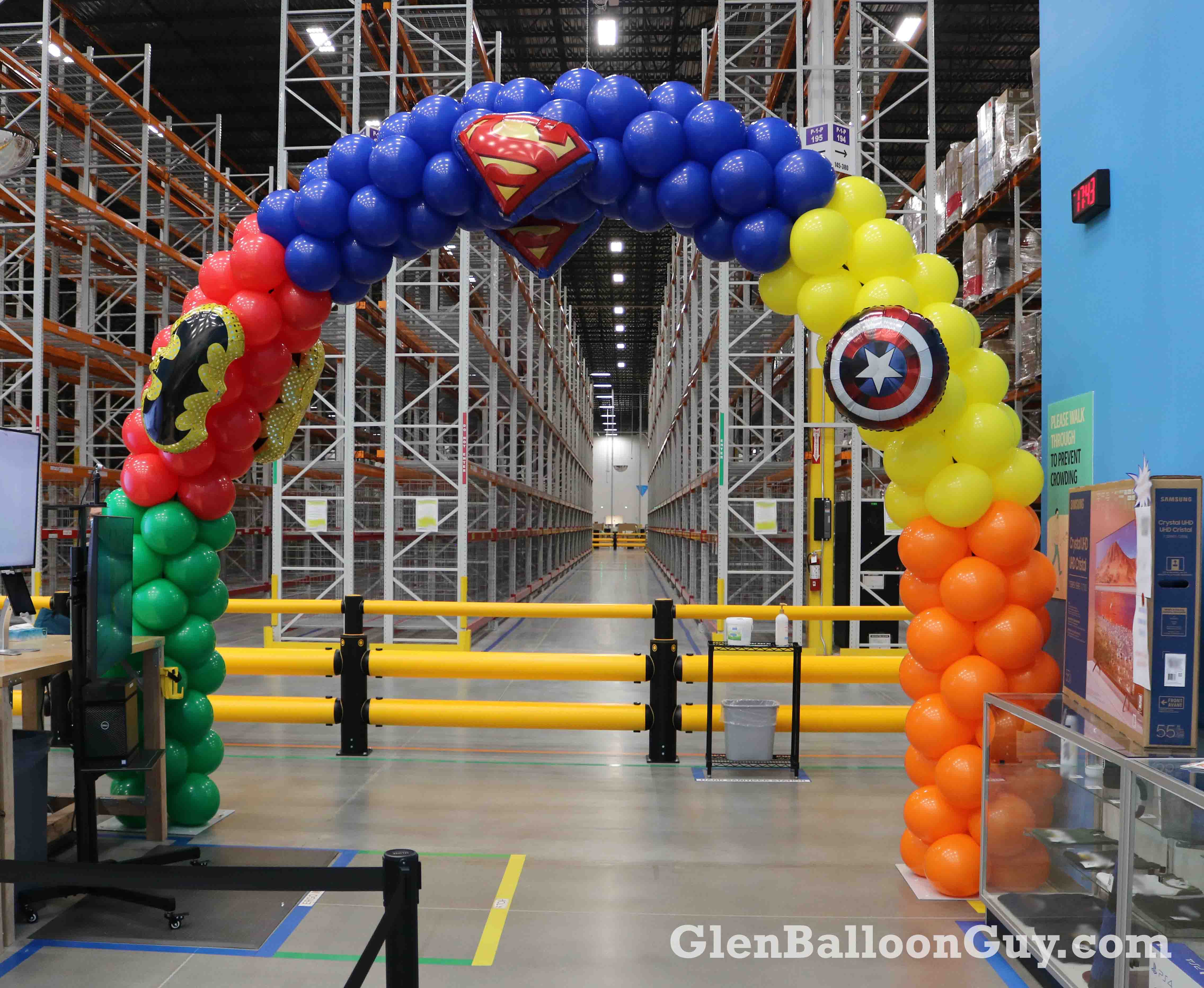 Super Hero Arch, 30 Feet