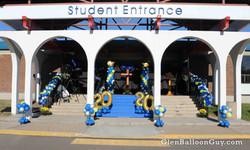 Outdoor Graduation Decor