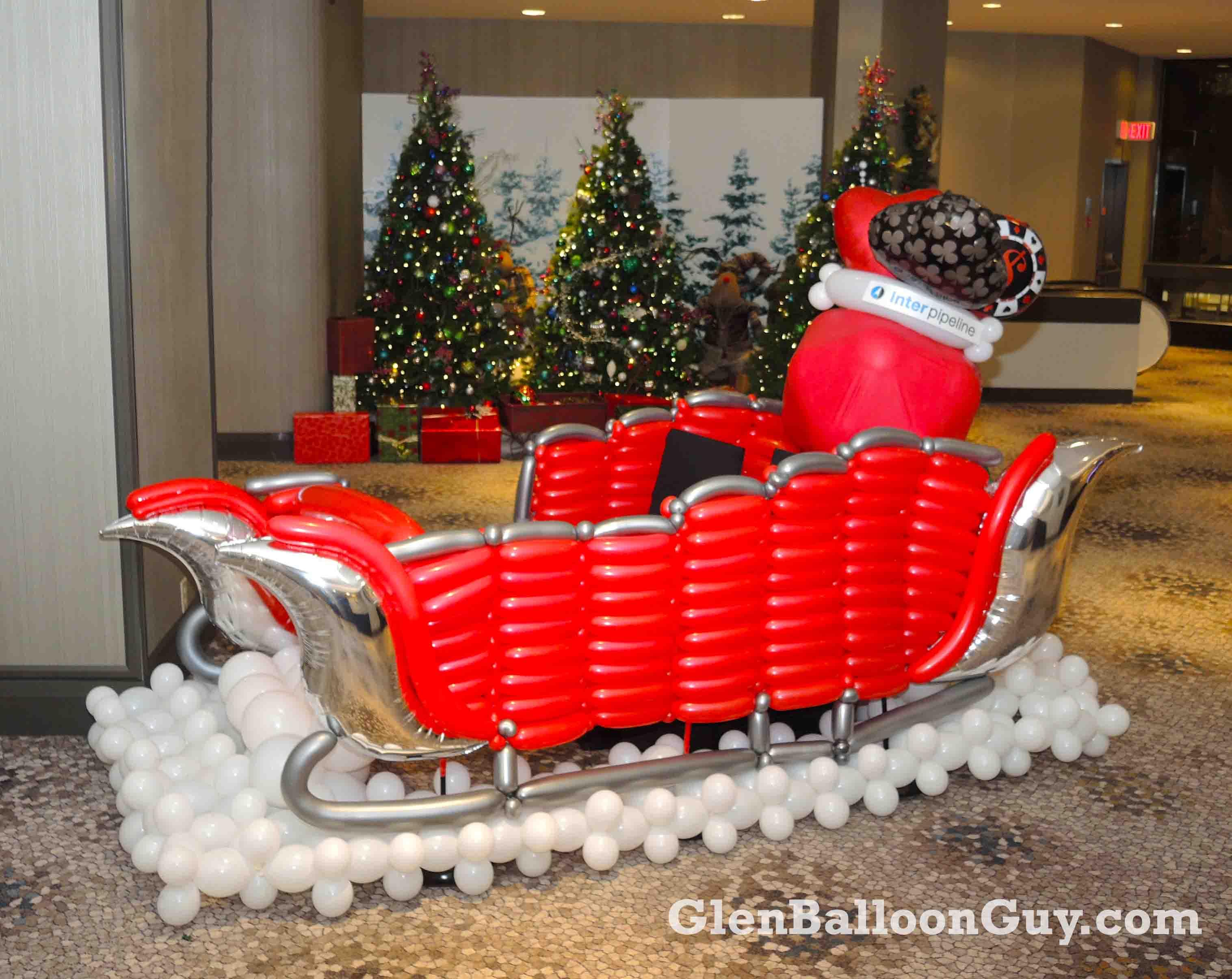 Santa Sleigh Photo Op