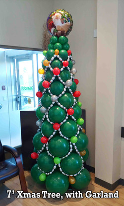 Balloon Christmas Tree, 7 feet with topper