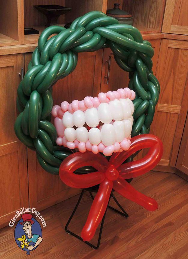 Denture_Wreath_wm_sm1