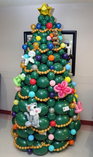 Christmas Trees Can Be Balloons Too
