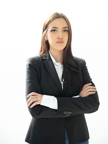DAVINIA SARIKA.jpg