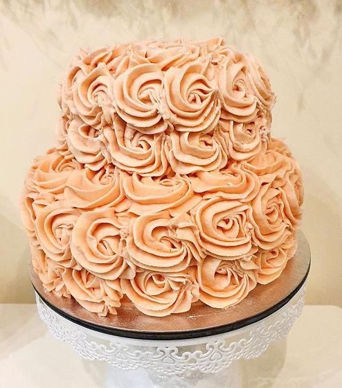 Roses Cake_edited.jpg