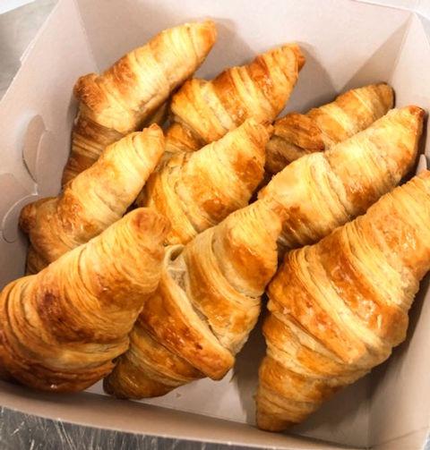 Mini%20Croissants%20Box_edited.jpg