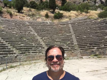 Templo_de_Delfos_estádio.jpg