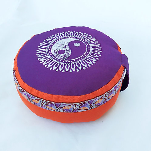 Coussin rond, violet et orange brique, motif Yin Yang argent, galon assorti
