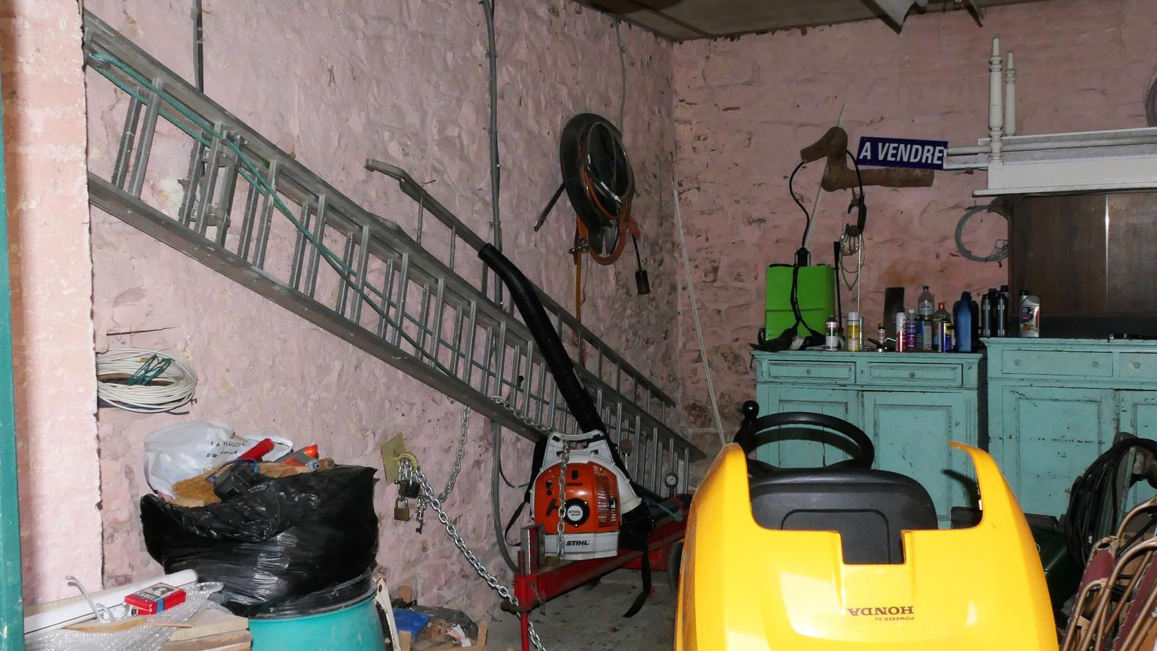 annexes-garage1.jpg