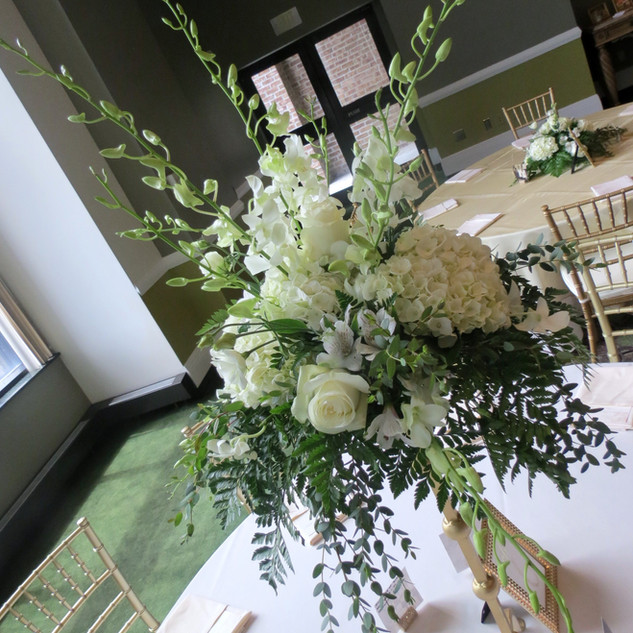 Dendro Orchids/Hydrangia/Rose Centerpiece