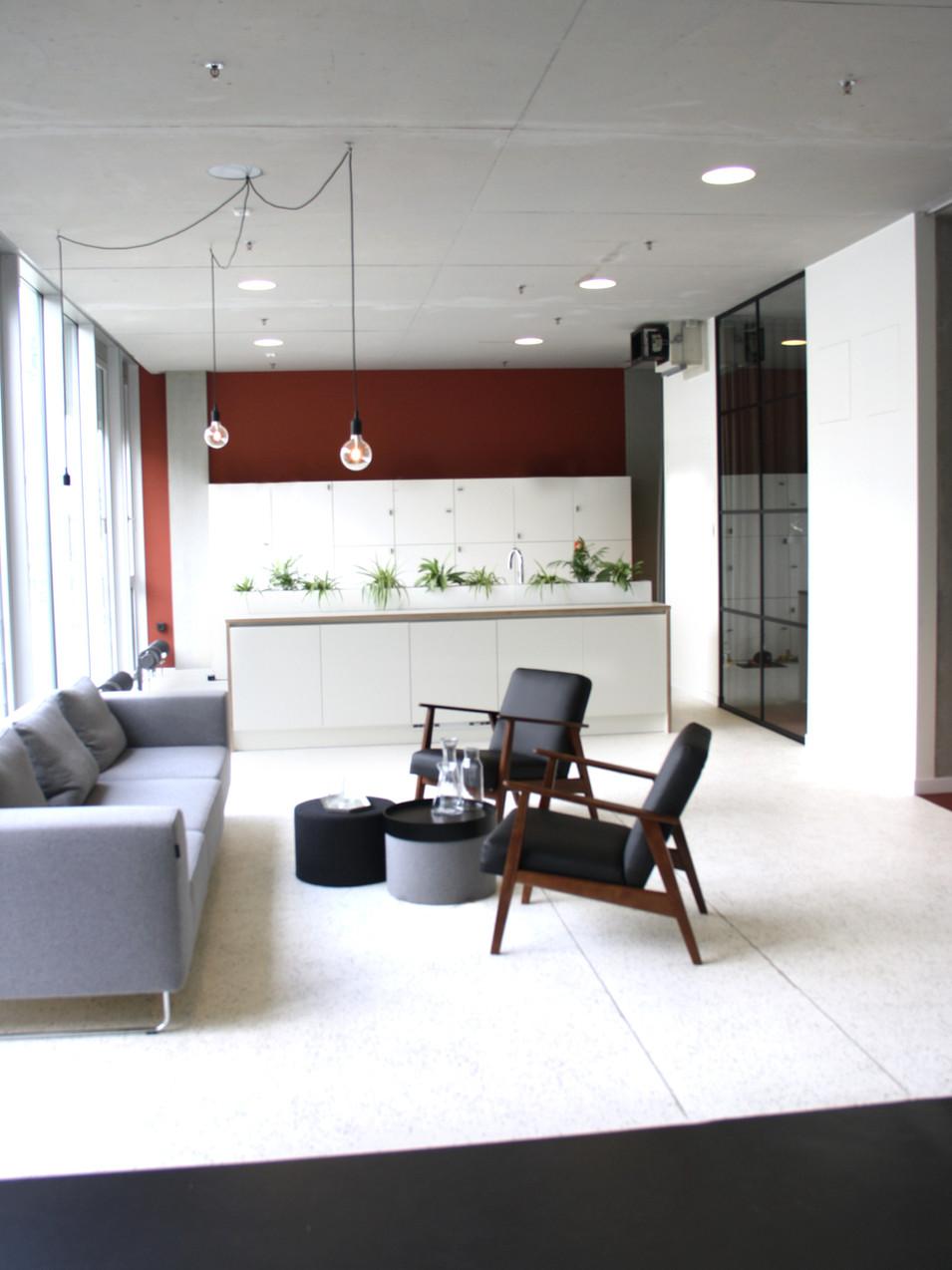 Innenarchitektur München Malluvia Marcella Breugl Leitwerk Unternehmensberatung Büroumbau Ankommen Eingangsbereich