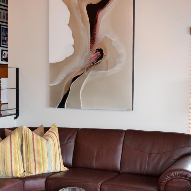 amanda lounge.JPG