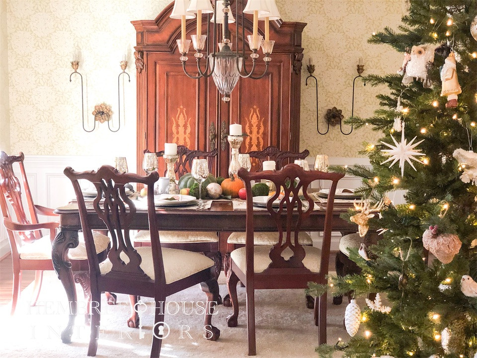 Holiday decorating using oranges, pumpkins, mercury glass and how to decorate your table