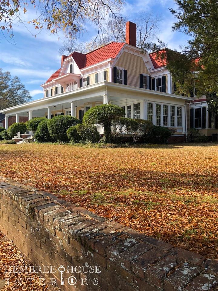 Victorian home,  Madison Georgia, wrap around porch, mansion in Madison