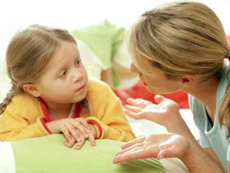 """כשהילד """"מיילל"""" במקום לדבר, איך נוכל לעזור לו?"""