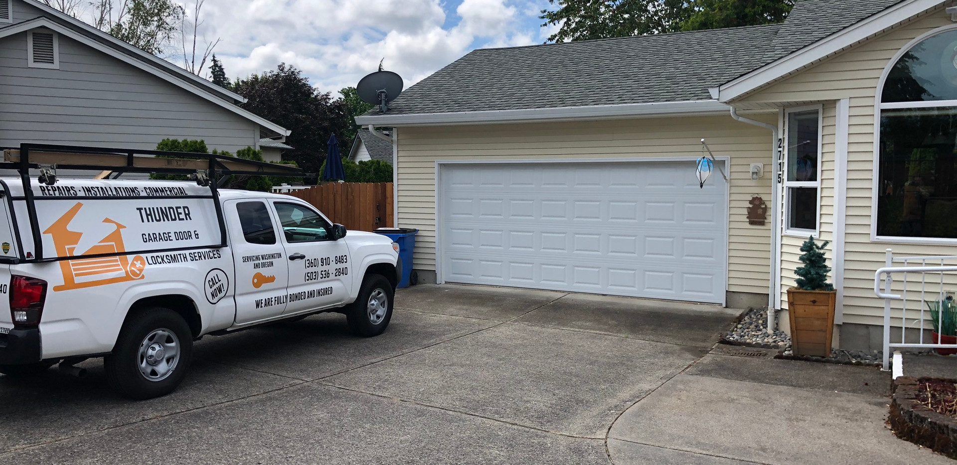 New garage door install in la center WA