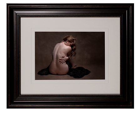 Campbell River Photographer, Comox valley, boudoir, beauty, editiorial, glamour, portrait, headshot, before and after, transformation, empowerment, women portrait, wall art, framed art, photo print, legacy art