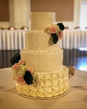 Wedding cake #kimsconfections#reception#