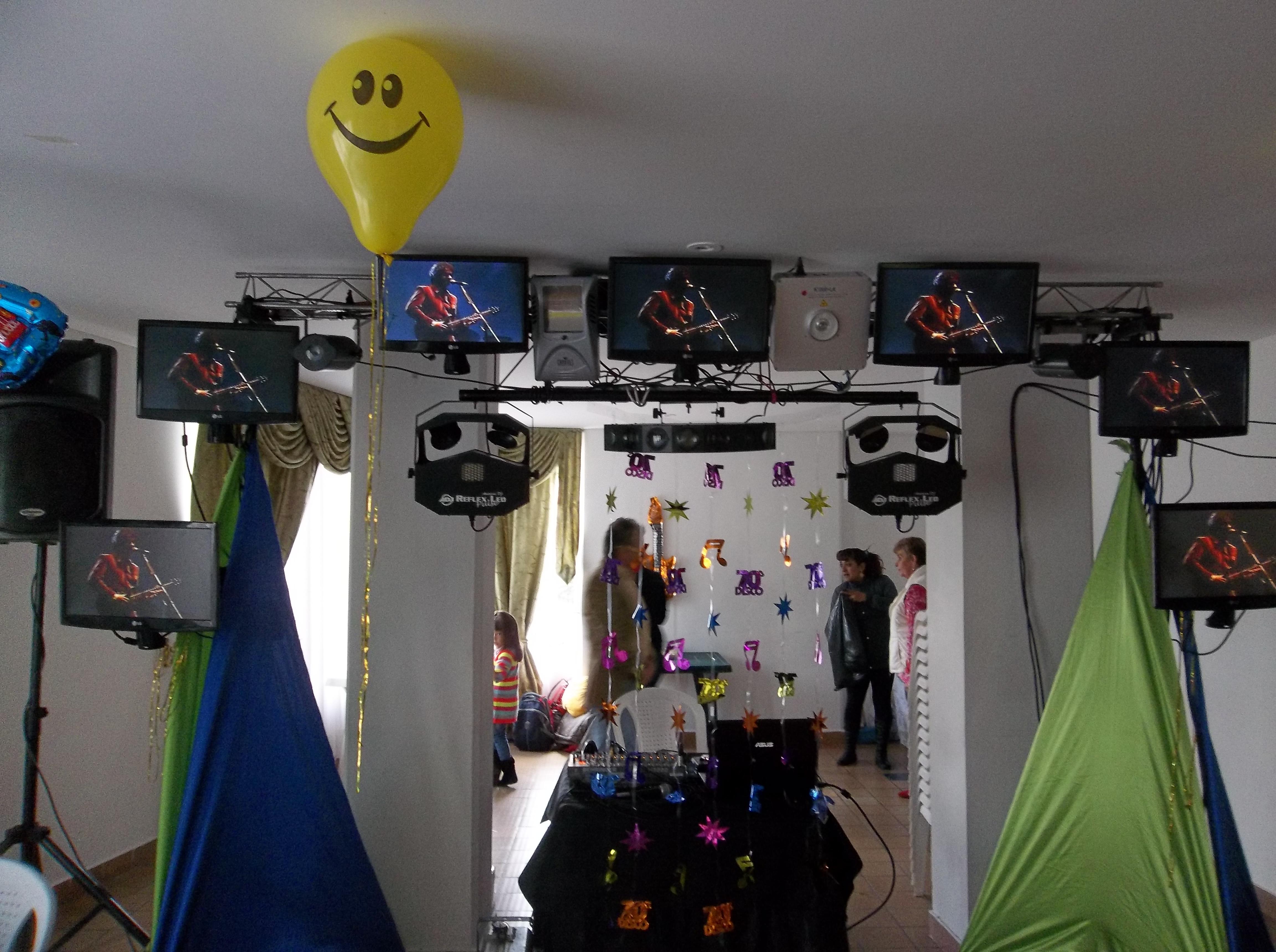Alquiler de sonido luces y pantallas para fiestas y eventos 3