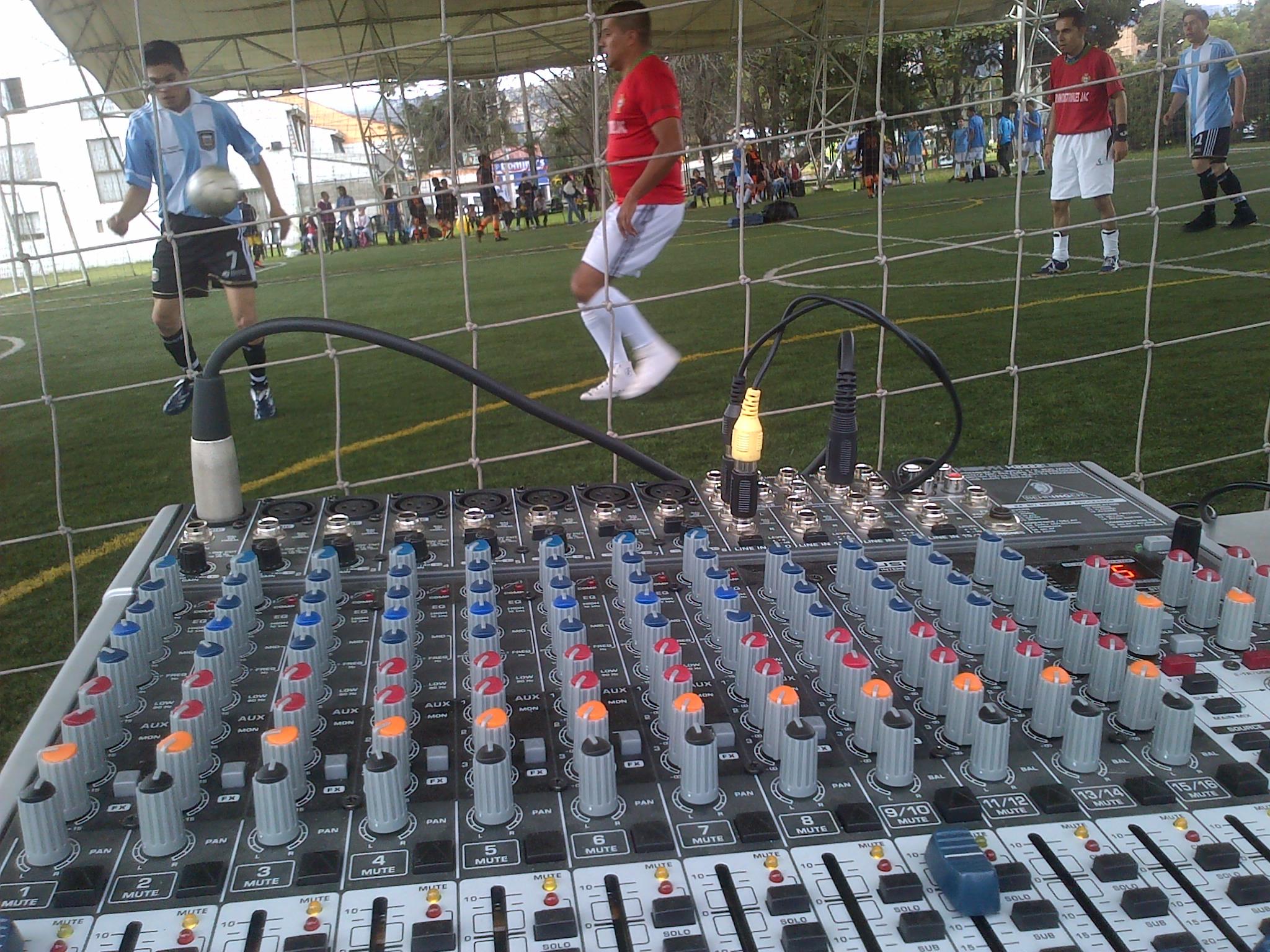 consola de microfonos 3