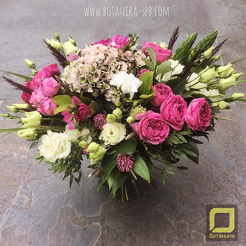 Букет с пионовидными розами. 065