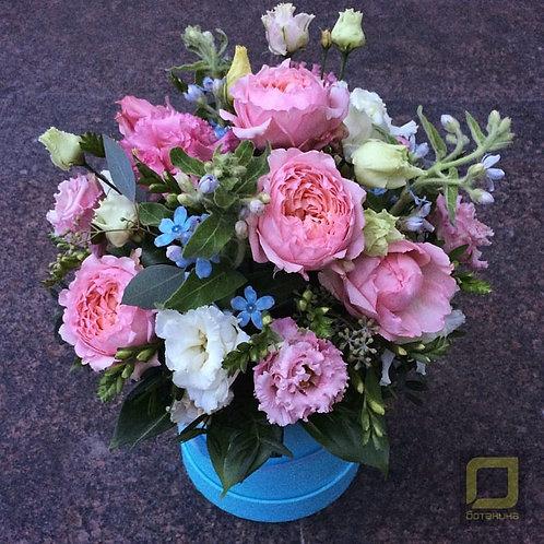 Розовый букет. Цветы в коробке. 115.