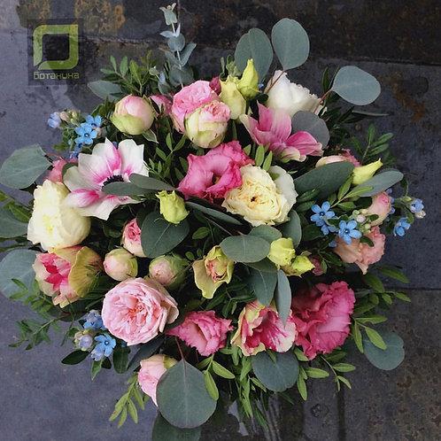 Букет с пионовидными розами. 070