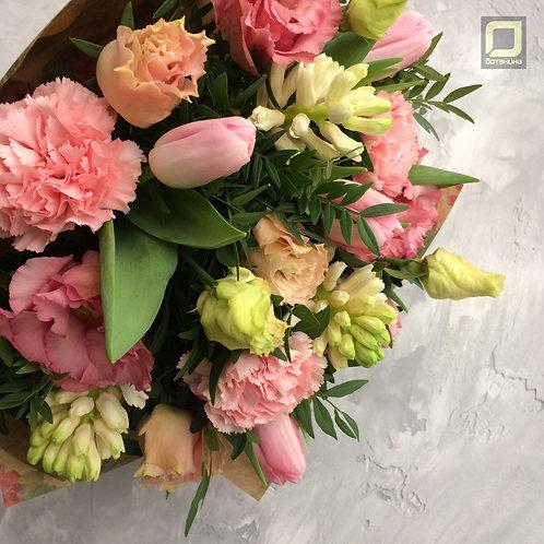 Весенний букет с тюльпанами и гиацинтами. 085