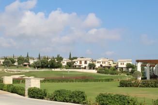 Golf Villas.JPG