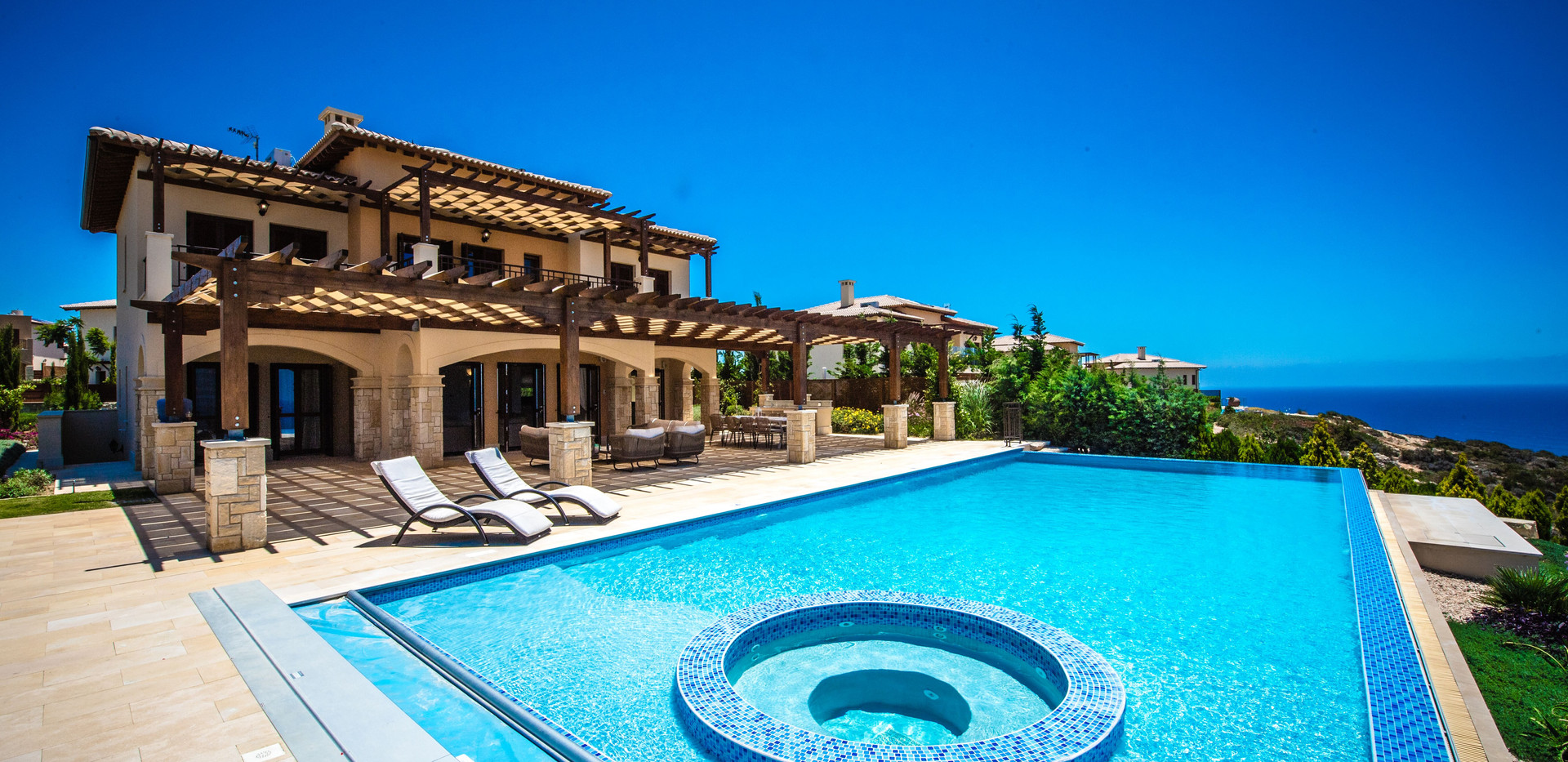 Aphrodite hills villa buy propery.jpeg
