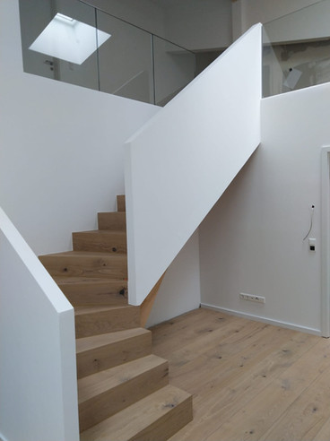 Holztreppe 2