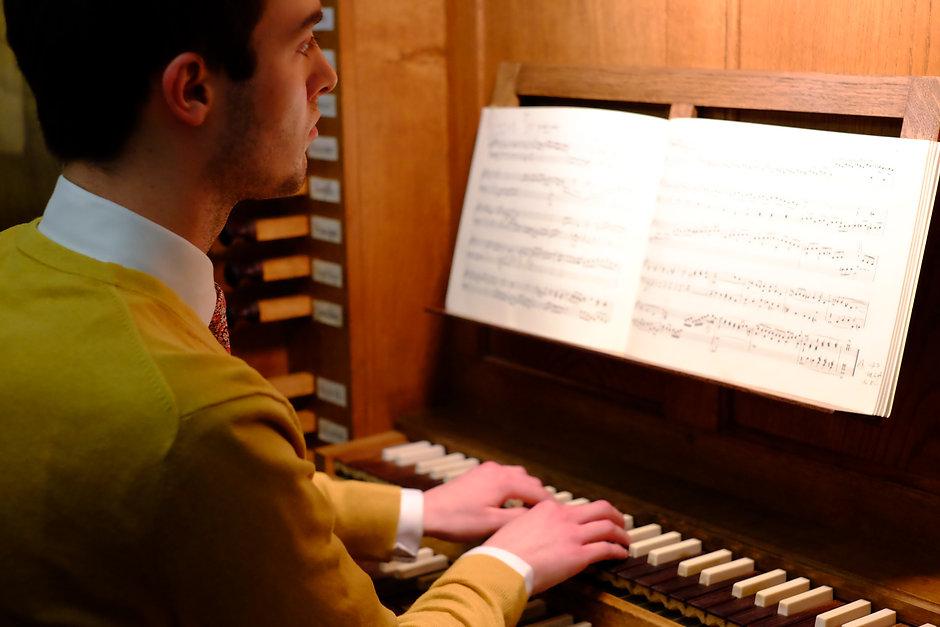 Pembroke College organ scholar