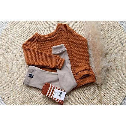 Sweater in cognac von Siemz