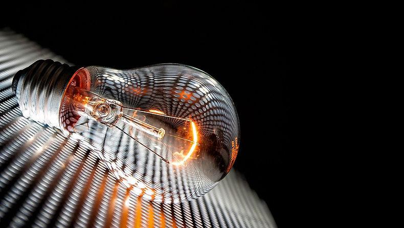 light-bulb-4297600_1280.jpg