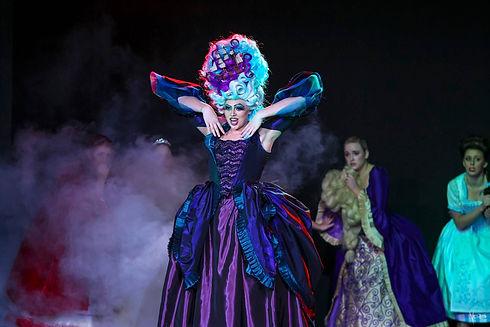 1.-Ursula.jpg