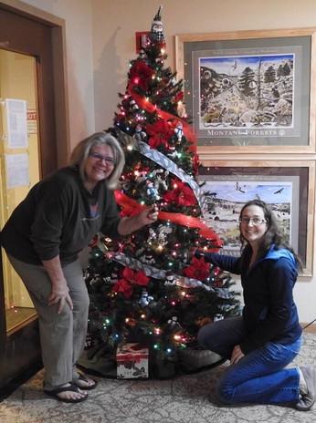 Karen and Natalie 2018 Holiday Decorators