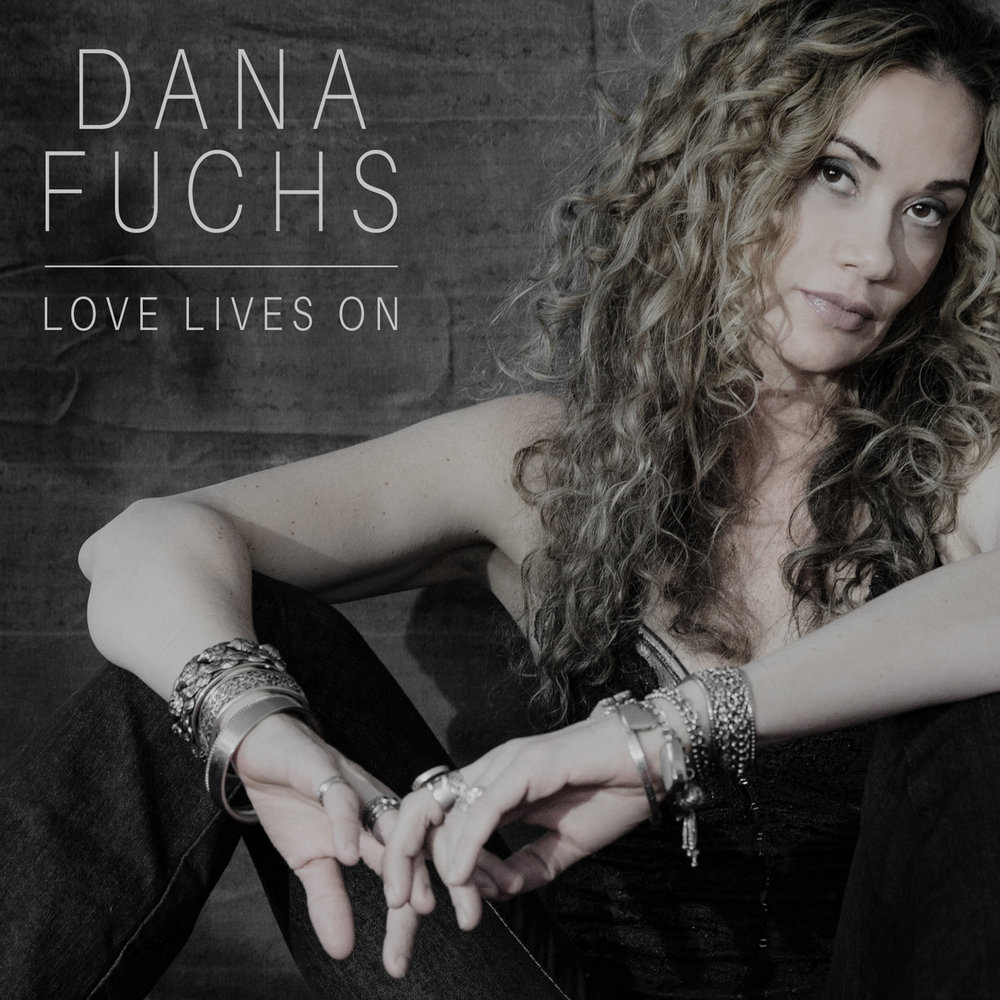 DANA_FUCHS_LOVE_LIVES_ON_CD_COVER_RGB_1500px