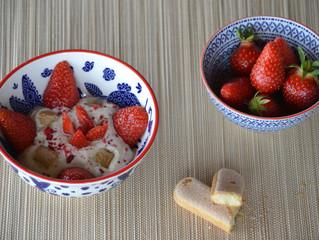 Fromage blanc aux fruits de la passion et aux fraises