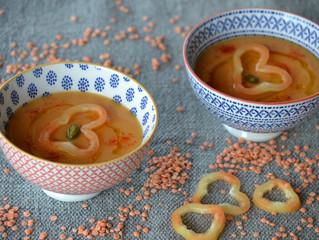 Soupe glacée aux lentilles roses et aux tomates
