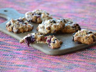 Cookies aux flocons d'avoine, fruits rouges et chocolat