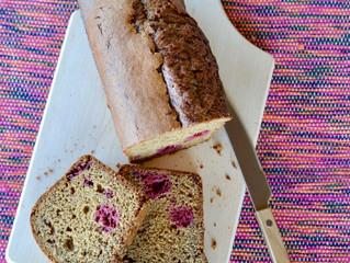 Cake à la purée d'amandes et aux framboises