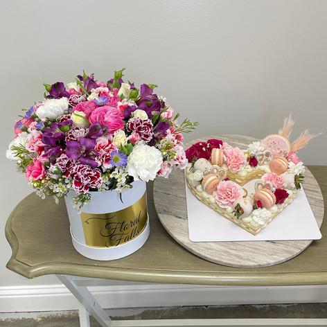 Flower & Pastry Combo