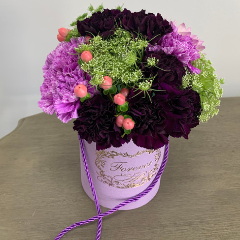 Small Box with Carnations
