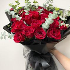Custom-Wrapped Black Lace Bouquet