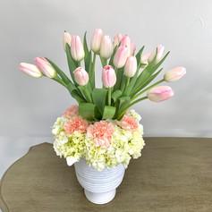 Tulip & Hydrangea Mix