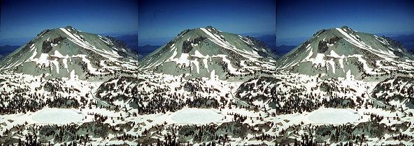 ML-1_Mount_Lassen_CA_Distant_view_surrou