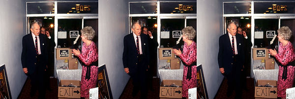 1990 House of Wax Vincent Price entering