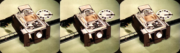 DR-4 Starred in View-Master stereo - all