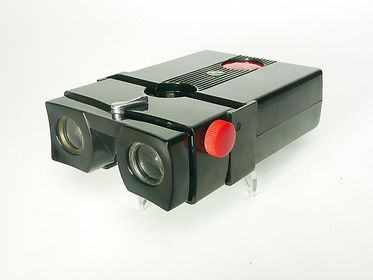 Stereo Realist viewer designed by Seton