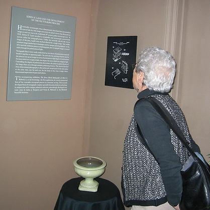 2003 Vivian Walworth looking at the Vect
